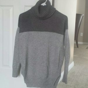 Ann Taylor gray cashmere sweater XS turtleneck